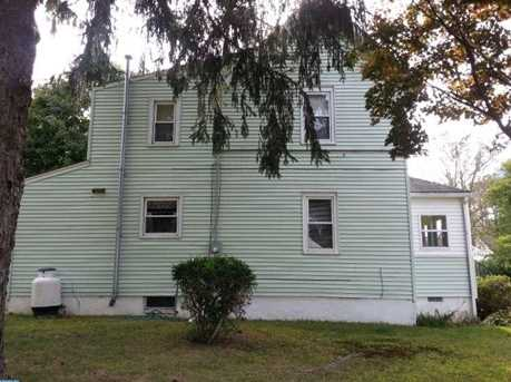 317 Jefferson Ave - Photo 3