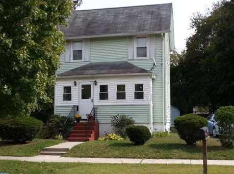 317 Jefferson Ave - Photo 1