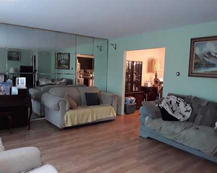 8214 Stow Rd - Photo 5