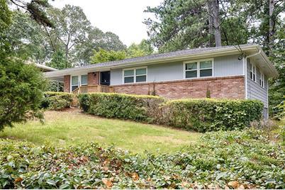 3798 Adamsville Drive SW, Atlanta, GA 30331