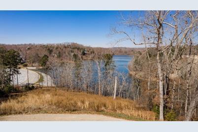 632 East Lake Drive - Photo 1