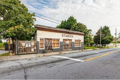 313 Walker Street SW #C - Photo 1