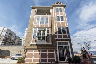501 Broadview Place NE - Photo 1