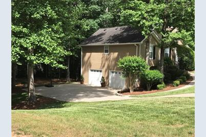 150 Hartwood Drive, Woodstock, GA 30189