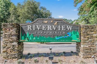 702 Riverview Drive SE - Photo 1