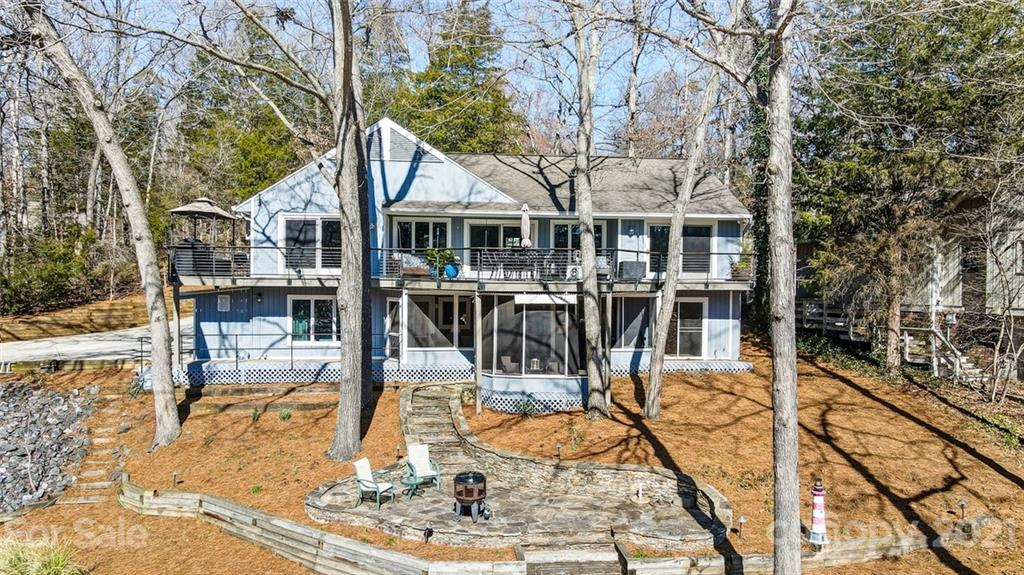 10 Mischief St Lake Wylie Sc 29710 Mls 3706325 Coldwell Banker