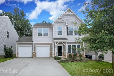 8028 Tricia Pointe Place - Photo 1