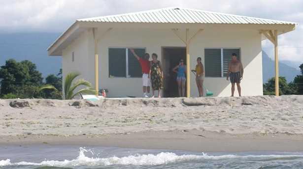 2  Beach Road, Unit #La Ceiba, Honduras - Photo 1