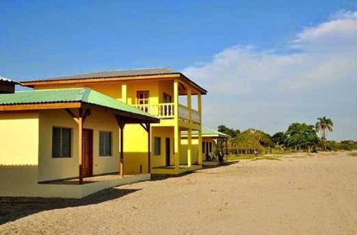 2  Beach Road, Unit #La Ceiba, Honduras - Photo 13