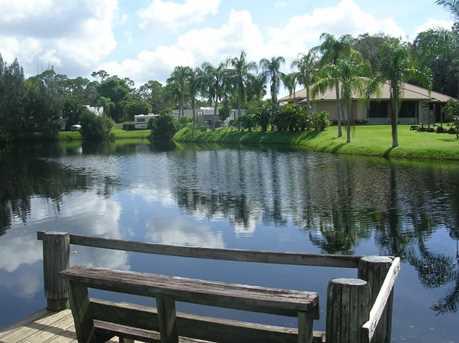 7861 SE Paradise Drive - Photo 1