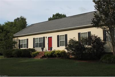 5770 Old Greensboro Road - Photo 1