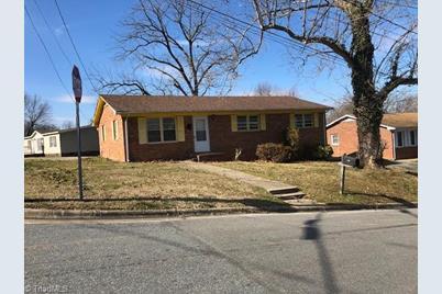 302 N Franklin Street - Photo 1