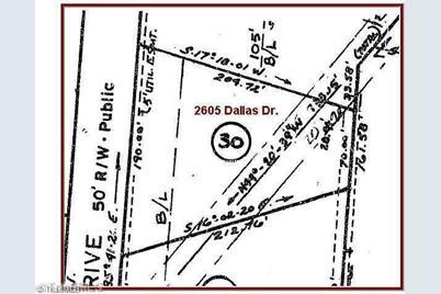 2605 Dallas - Photo 1