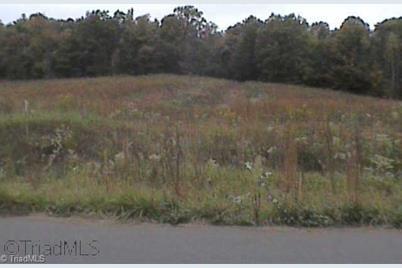207 Wedgewood Drive - Photo 1
