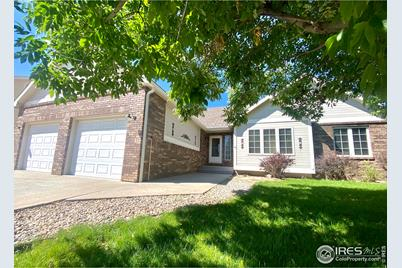 3577 Pinecliffe Ave - Photo 1