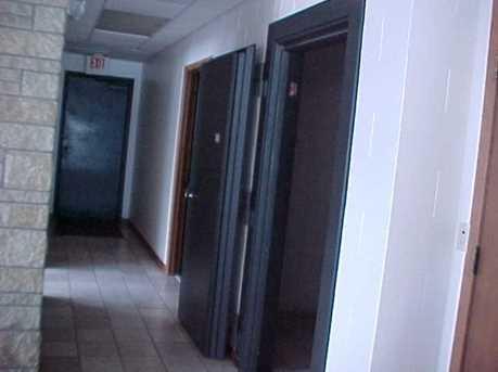 601 E Main St - Photo 9