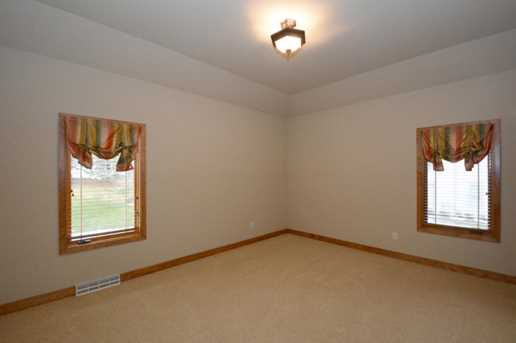 N52W21428  Taylors Woods Dr - Photo 19