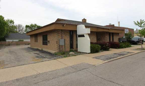 8214 W National Ave - Photo 3