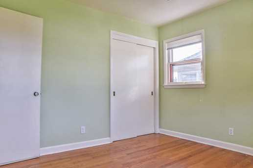 10604 W Burleigh St - Photo 14