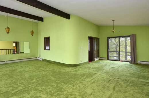 34334  Valley Rd - Photo 2