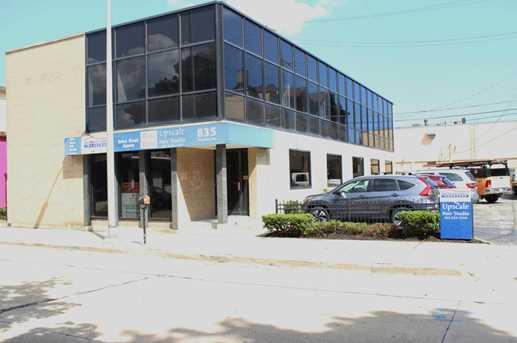 835 S Wisconsin Ave Racine Wi 53403 Mls 1554771