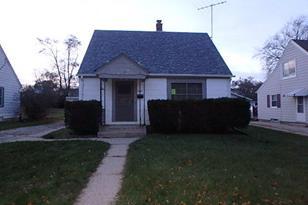 2841 S 91st St - Photo 1
