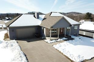 840  Wagon Dr - Photo 1