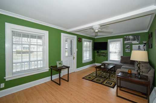 7507  Hennessey Ave - Photo 3