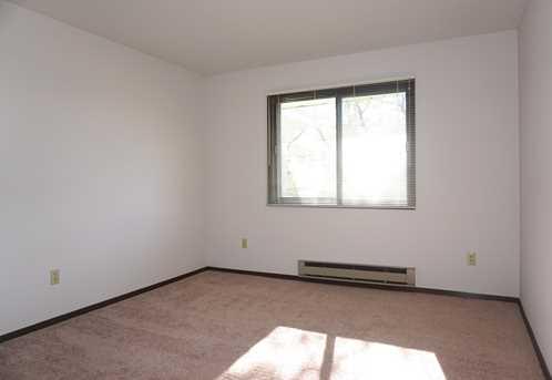 6400 W Howard Ave #201 - Photo 15