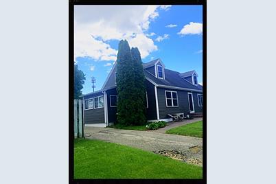 2718  Ward Ave - Photo 1