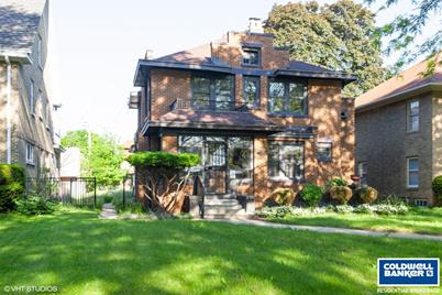 Marvelous 2857 N Grant Blvd Milwaukee Wi 53210 Beutiful Home Inspiration Cosmmahrainfo