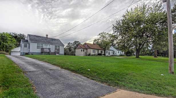 615 E Ridge Road - Photo 11