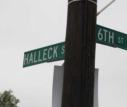 535 South Halleck Street - Photo 8