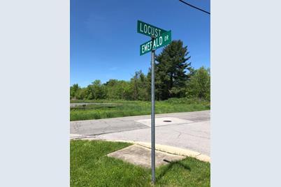 439 Shamrock Drive - Photo 1