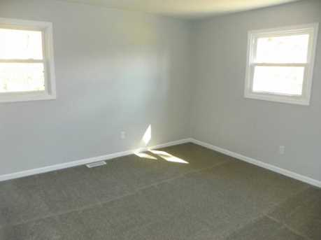 5802 W Booth Rd - Photo 13