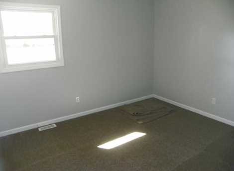 5802 W Booth Rd - Photo 11
