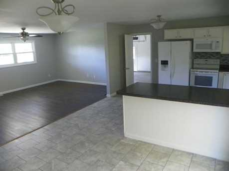 5802 W Booth Rd - Photo 3
