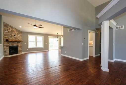1335 Golfview Ct - Photo 5