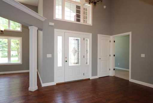 1335 Golfview Ct - Photo 3