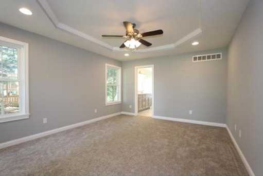 1335 Golfview Ct - Photo 17