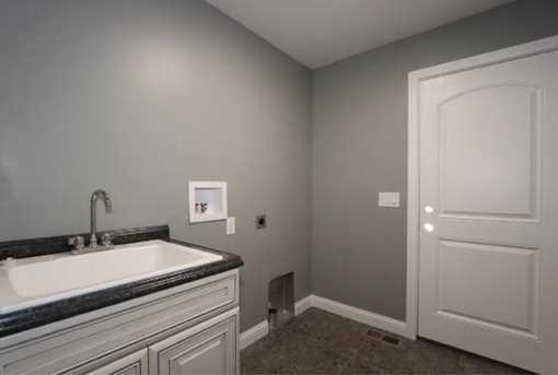 1335 Golfview Ct - Photo 19
