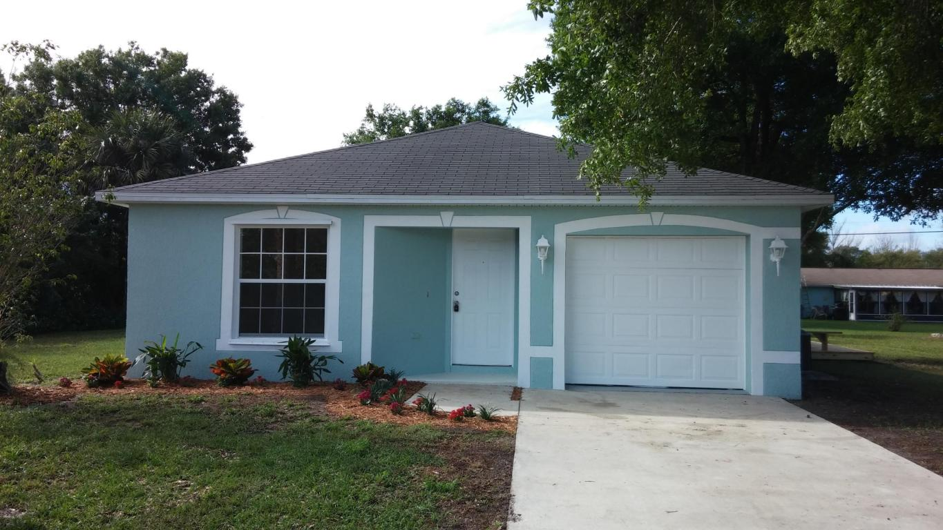 1825 24th street sw vero beach fl 32962 mls rx for Building a house for under 200k