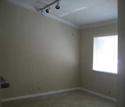 1155 The Pointe Drive, Unit #1155 - Photo 3