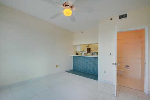 843 Oak Harbour Drive, Unit #843 - Photo 18