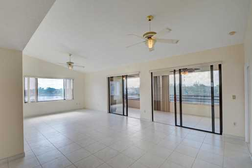 843 Oak Harbour Drive, Unit #843 - Photo 9