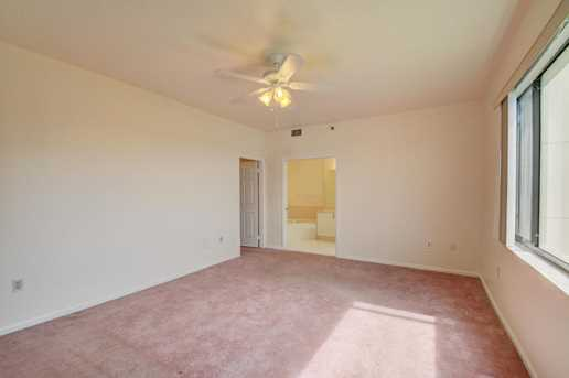 843 Oak Harbour Drive, Unit #843 - Photo 33