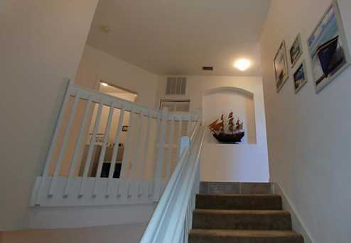 401 Southstar Drive - Photo 3