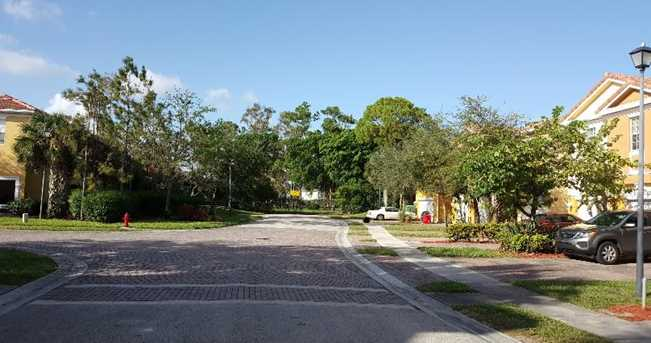 901 Pipers Cay Drive - Photo 2