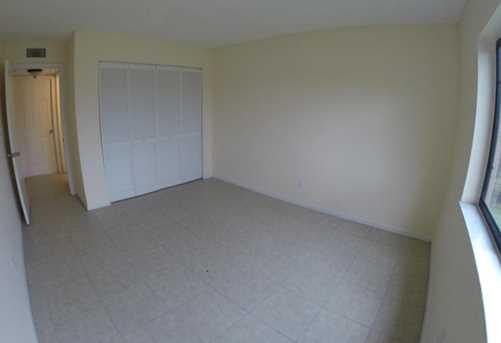 5040 Palm Hill Drive, Unit #135 - Photo 5