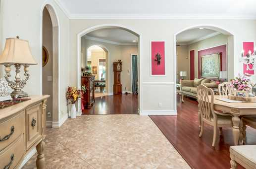 9401 Madewood Court - Photo 9